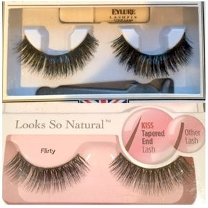 Set of Double Layered Lightweight False Eyelashes